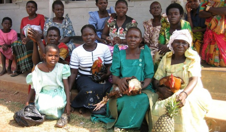 cropped-some-cured-patients-with-gifts-kamuli1.jpg